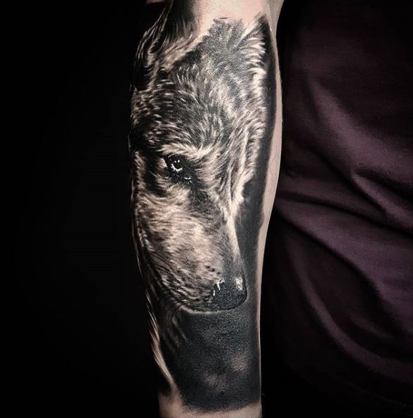 Game Of Thrones Wolf Tattoos Design On Hands