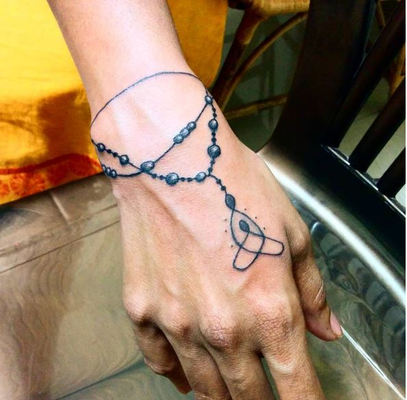 Latest Bracelet Tattoos Design And Ideas