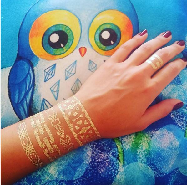 White Color Bracelet Tattoos Design And Ideas
