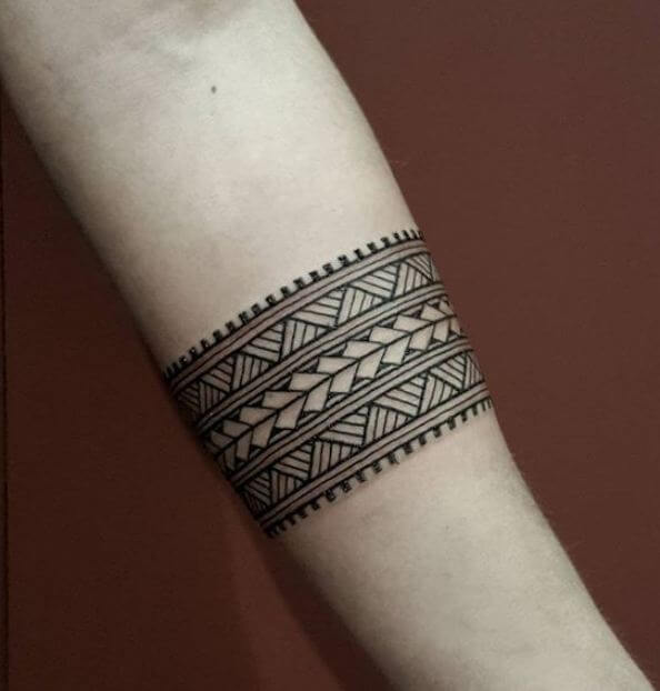 54 Best Arm Tattoos For Women With Meaning 2020