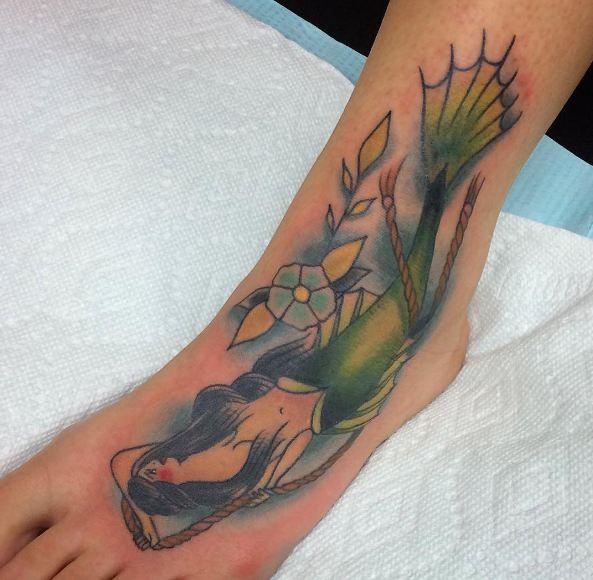 Awesome Feminine Tattoos