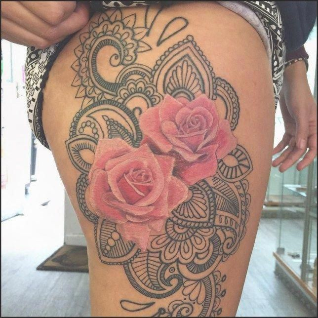 Belly Button Tattoos For Females (64)