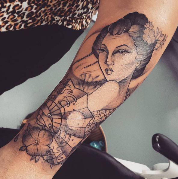 Geisha Feminine Tattoos