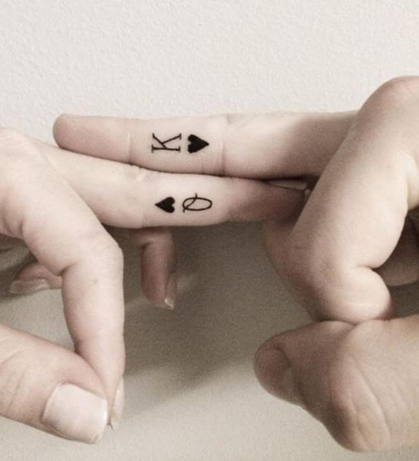 King And Queen Of Hearts Finger Tattoos Design