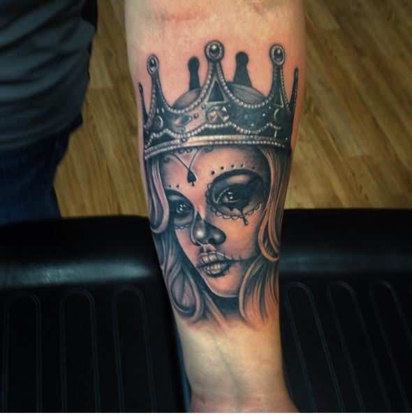 Day Of The Dead Queen Tattoos Design