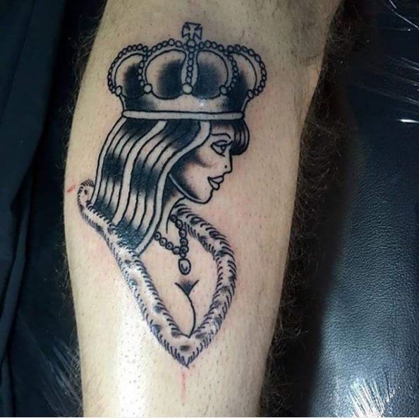 Fabulous Queen Tattoos Design On Leg