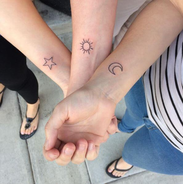 Mother Daughter Tattoos Design On Hands