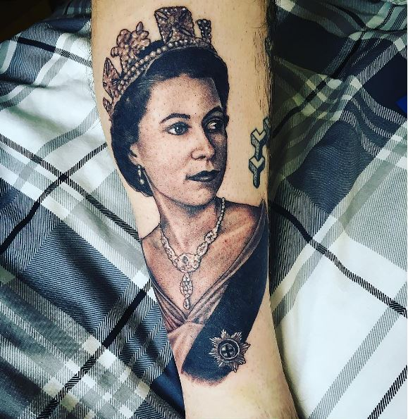 New Queen Tattoos Design And Ideas