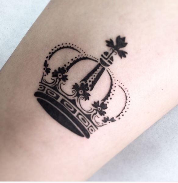 Queen Tattoo On Pinterest