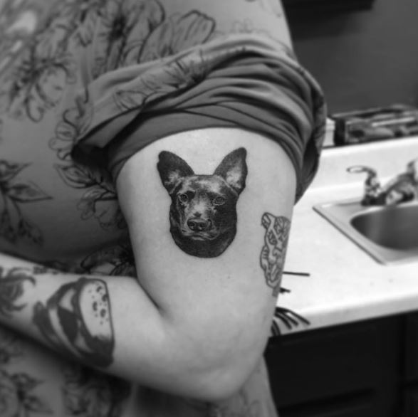 Small Face Dog Tattoos Design