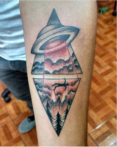 UFO Tattoos Design For Men