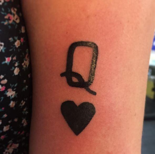 Wonderful Queen Tattoos Design