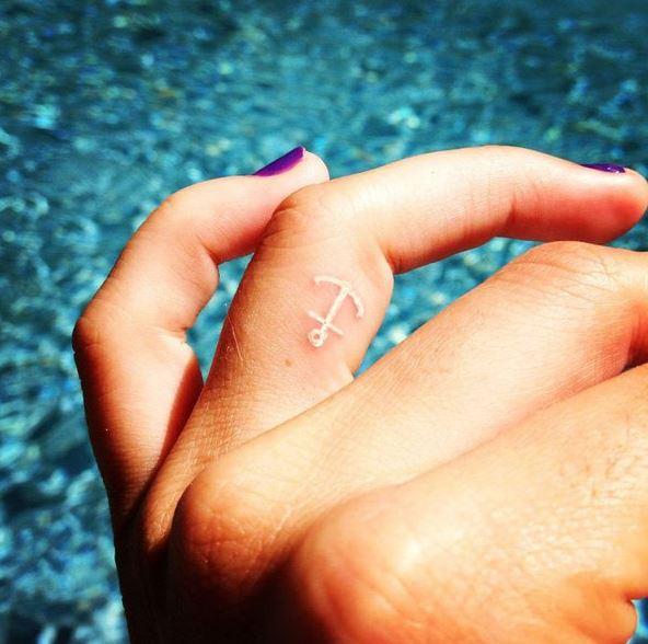 Anchor Finger Tattoos