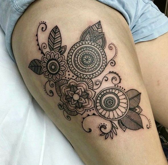 Black And White Flower Thigh Tattoos