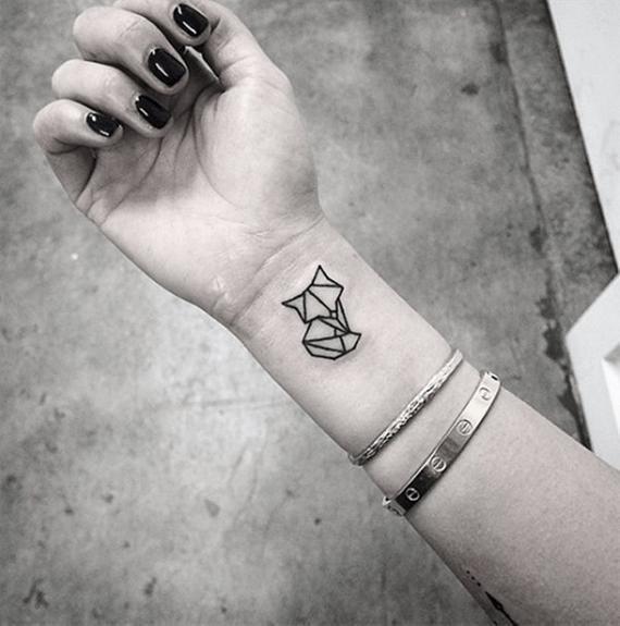 Minimalist Geometric Tattoos (2)