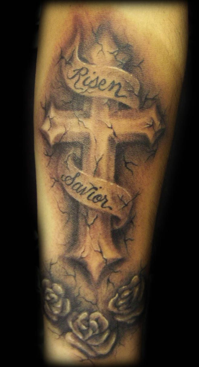 Shoulder Blade Cross Tattoos (5)