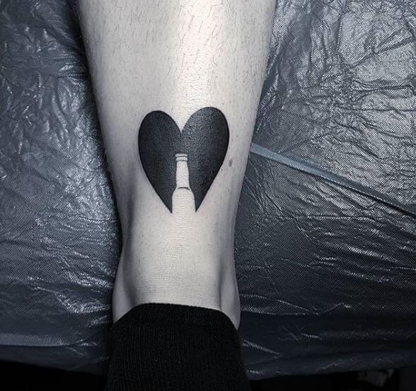 Simple Heart Tattoos 1