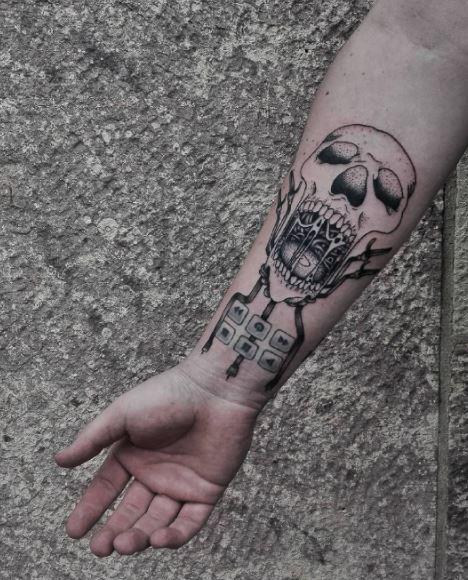 Black Tattoo On Arm 3