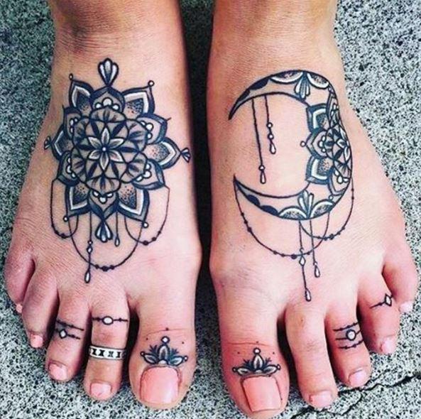 Fabulous Toe Tattoos Design And Ideas