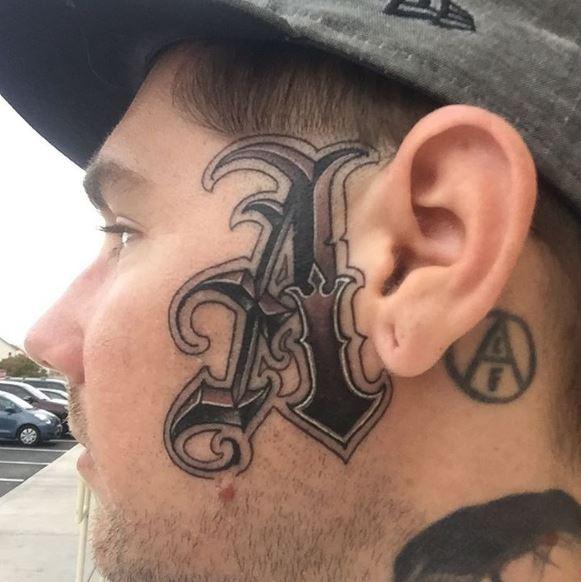Face Tattoo 8
