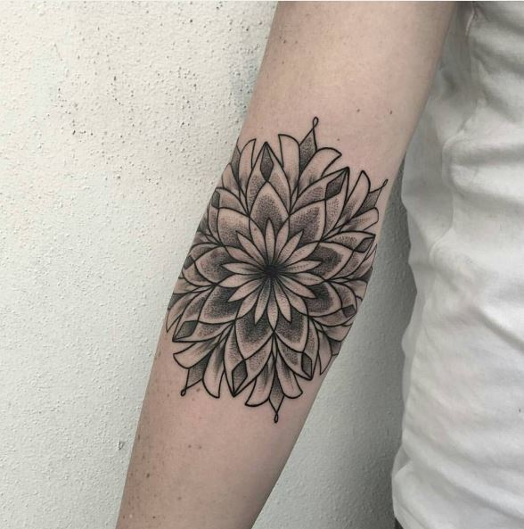 Floral Tattoos Design And Ideas For Girls