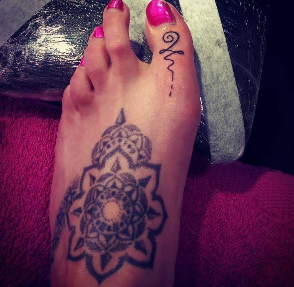 Little Toe Tattoos Design