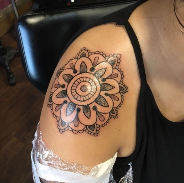 Mandala Style Tattoo Design On Shoulder
