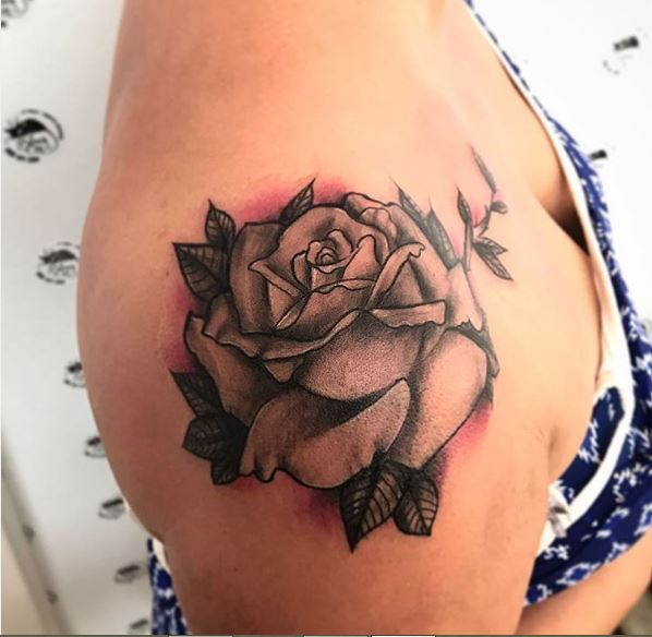 Rose Flower Tattoos Design On Shoulder