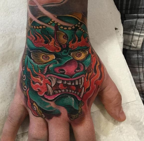 Cool Hand Tattoos Designs