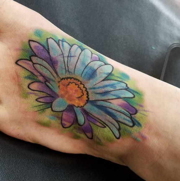 Cool Watercolor Daisy Tattoos