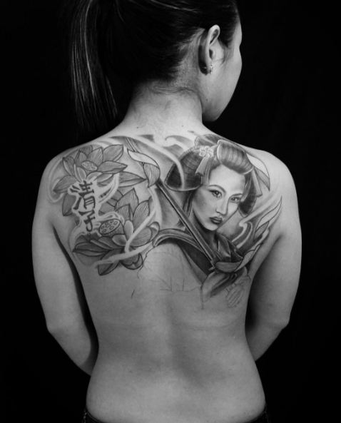 Geisha Tattoos On Shoulder Back