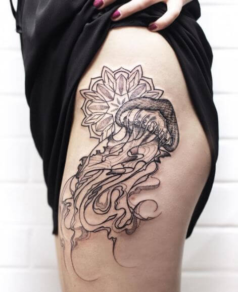 Jellyfish Tattoos On Thigh
