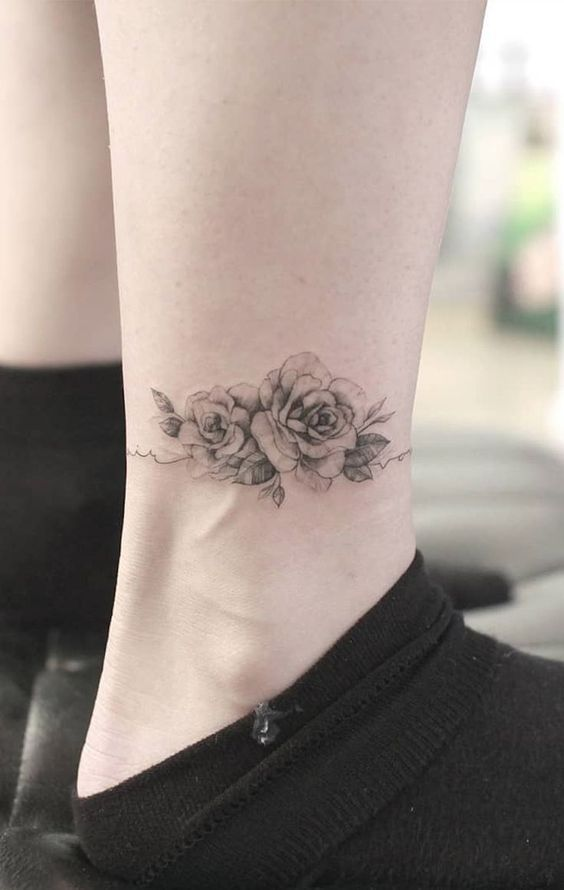 Red Rose Tattoos Designs (5)