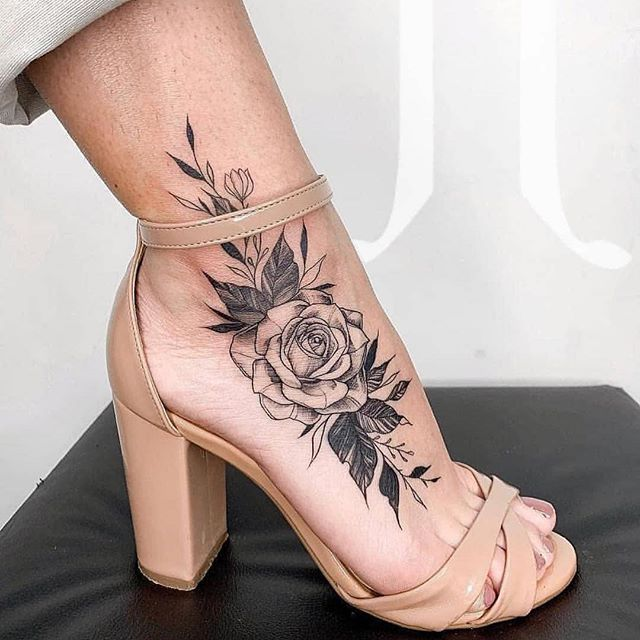 Red Rose Tattoos Designs (6)