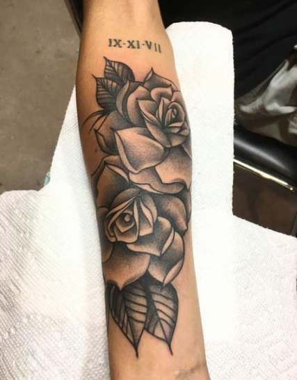 Roses With Names Tattoos (5)