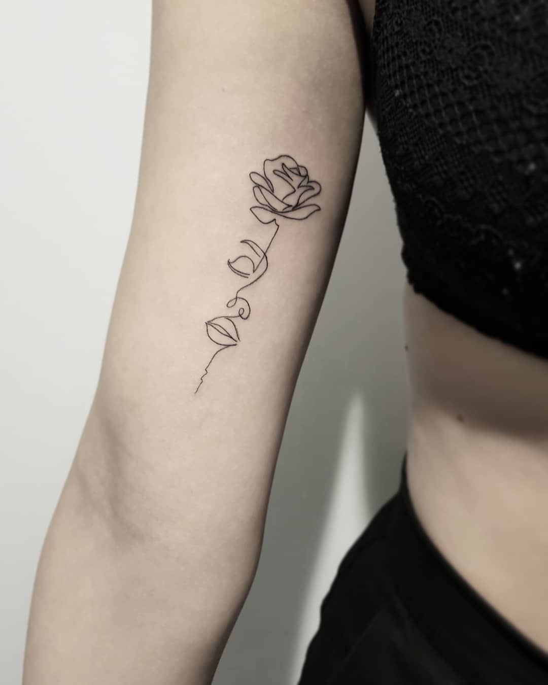 Side Rose Tattoos Female (5)