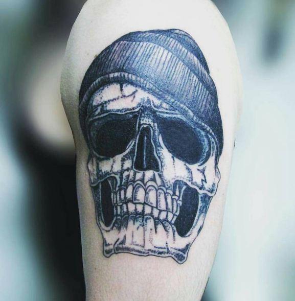 Skull Quarter Sleeve Tattoos