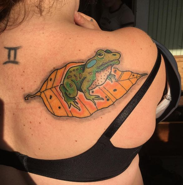 Frog Tattoos Designs For Girls