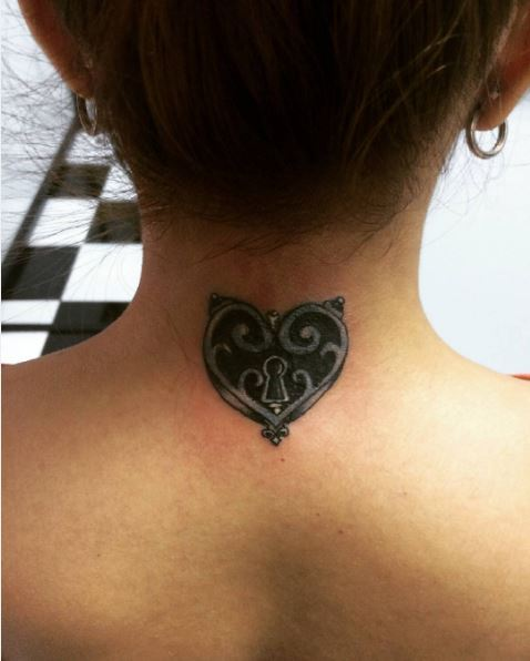 Little Back Neck Tattoos Design And Ideas