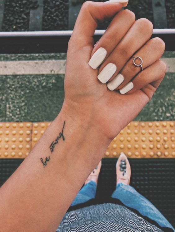 Back Of Neck Tattoos For Women (104)