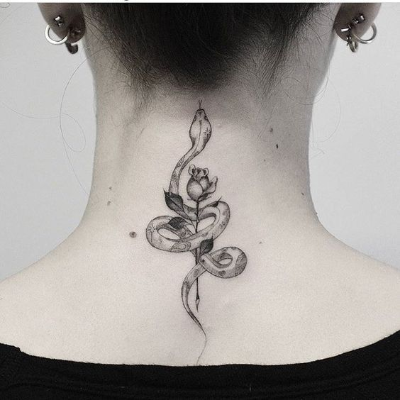 Back Of Neck Tattoos For Women (39)