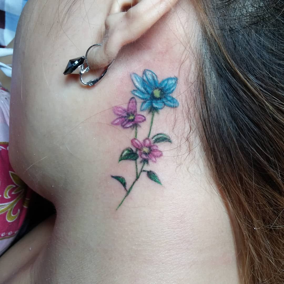 Back Of Neck Tattoos For Women (42)