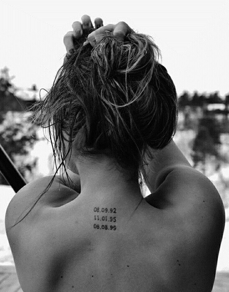 Back Of Neck Tattoos For Women (46)