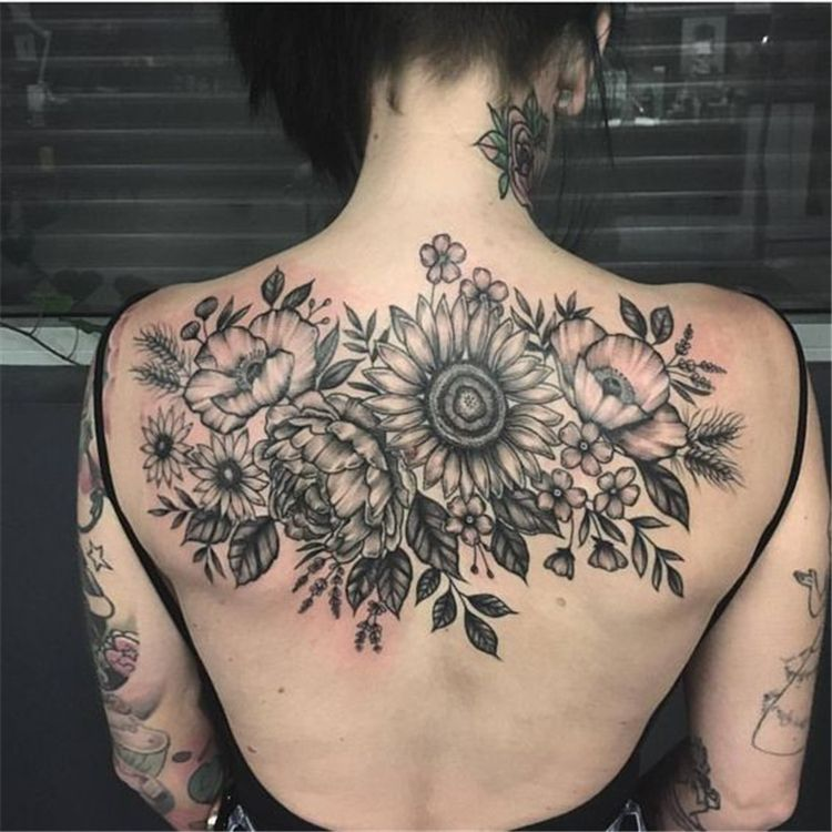 Back Of Neck Tattoos For Women (79)
