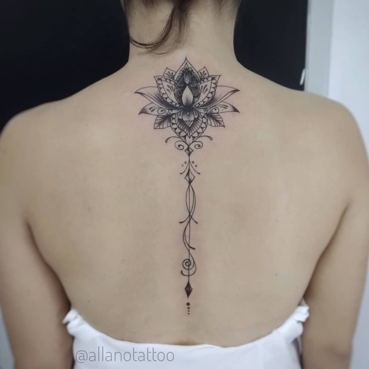 Back Of Neck Tattoos For Women (96)