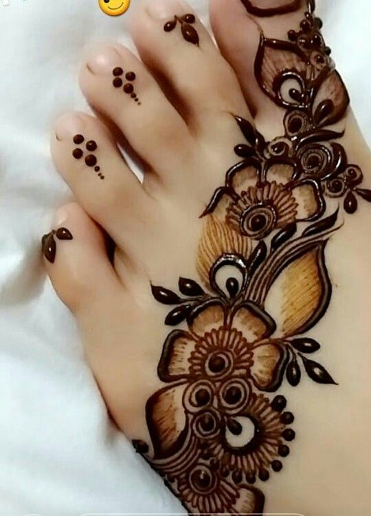 Back Henna Tattoo (6)
