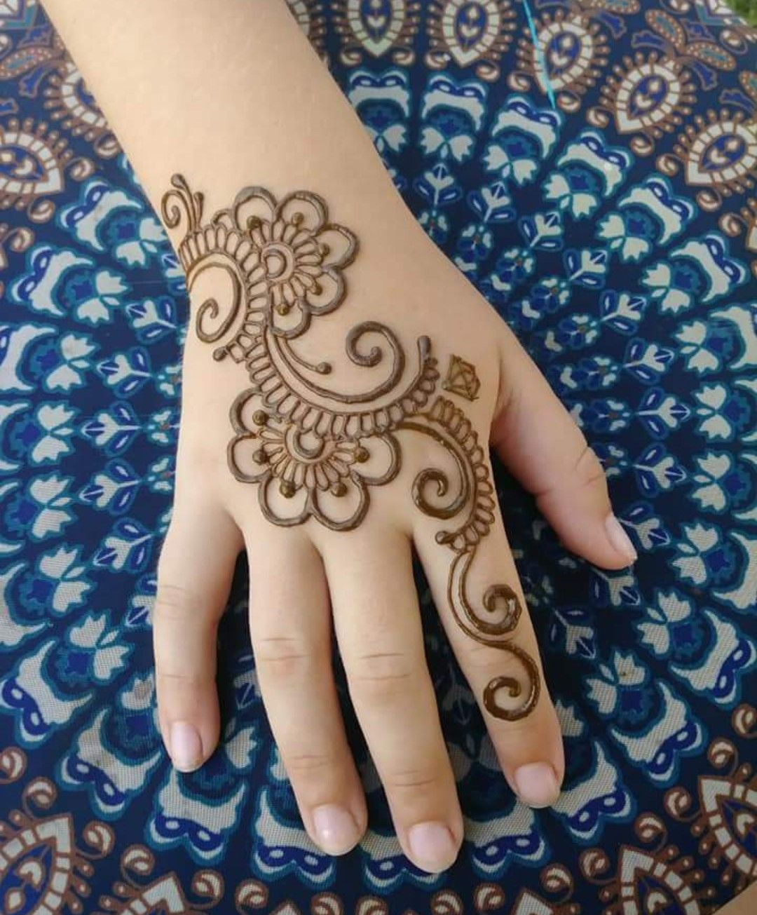 Back Henna Tattoo (7)