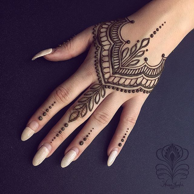 Easy Mehndi Design For Hands (7)