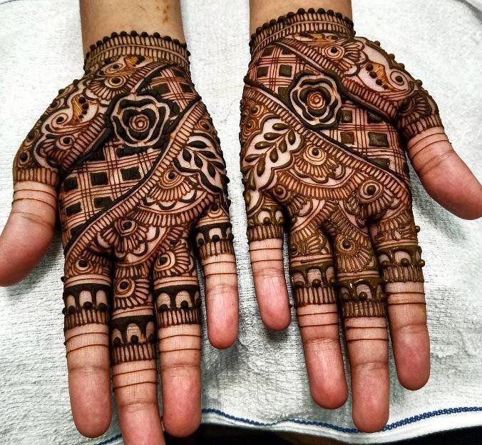 Henna Designs Palm