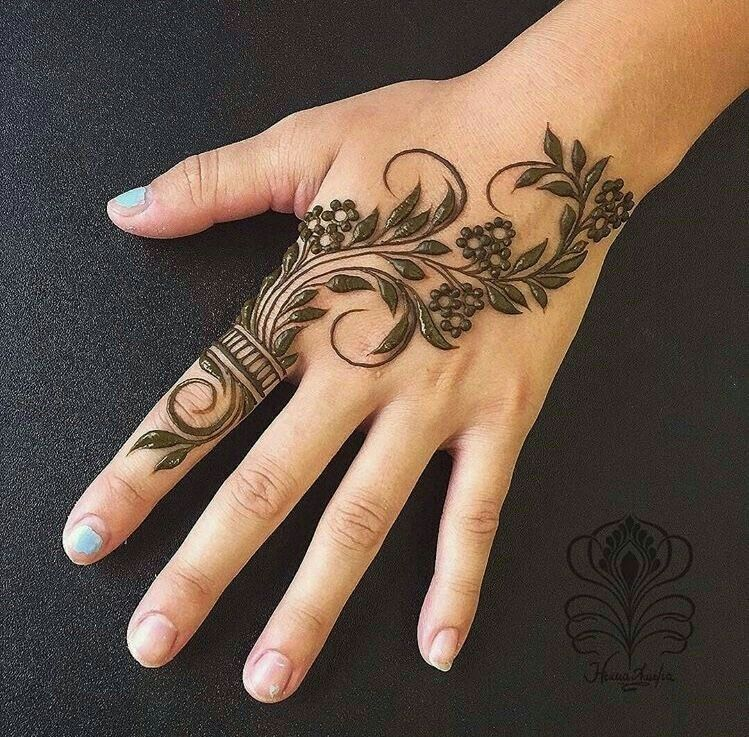 Henna Hand Designs Meanings (3)